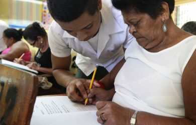 """En massiv alfabetiseringskampanj har tidigare fått högern att rasa och tala om """"kubanisering""""."""